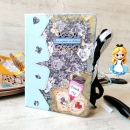 Un #junkjournal personnalisé aux couleur d #aliceaupausdesmerveilles à remplir de vos trésors. #carnets #notebooks #weddingguestbookideas #livredorpersonnalisé