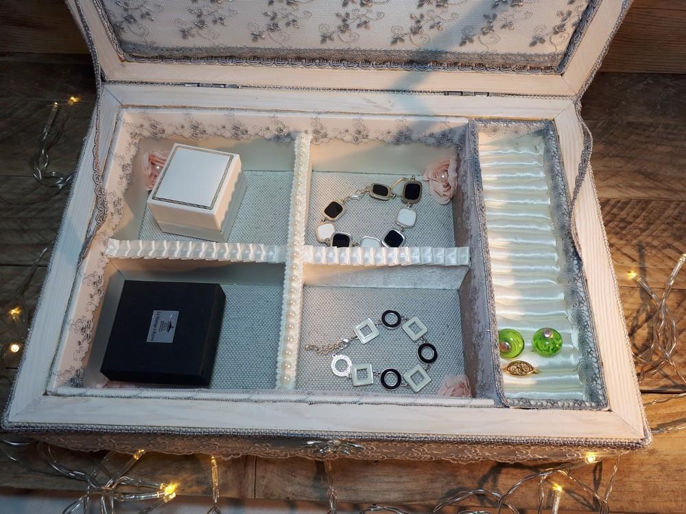 interieur boite en bois bijoux shabby chic