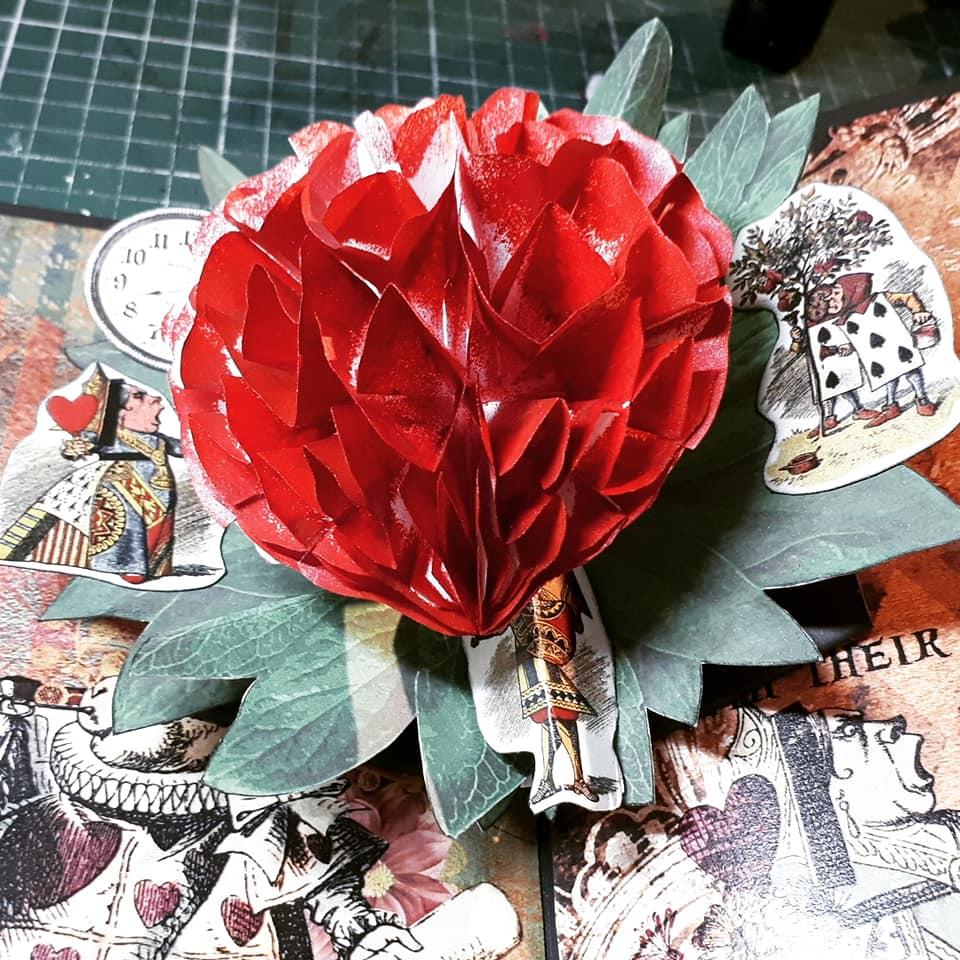 livre photo mariage alice in wonderland pop up rose rouge