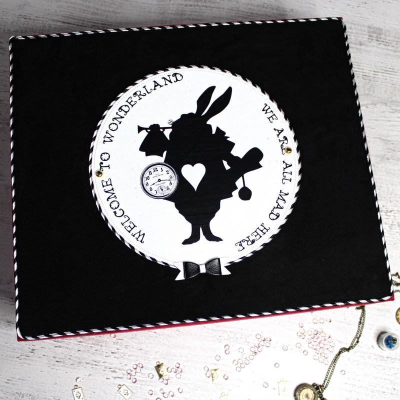 le lapin blanc alice au payx des merveilles sur album photos